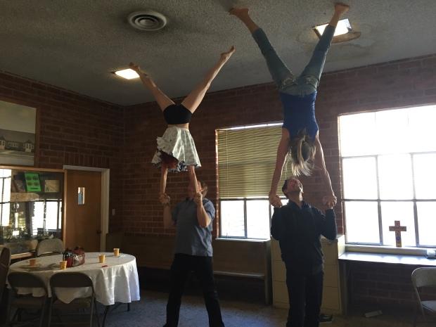 02_handstand-2